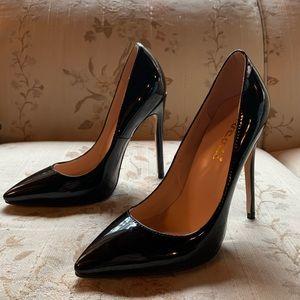 Shoes - Black pointy toe stilettos